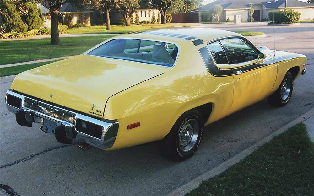 1974 PLYMOUTH ROAD RUNNER COUPE - Rear 3/4 - 45354