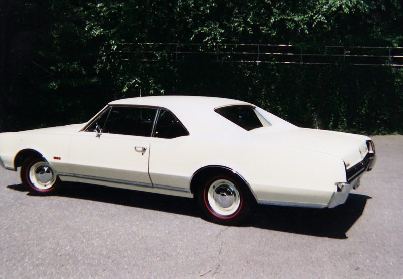 1967 OLDSMOBILE 442 COUPE - Rear 3/4 - 45359