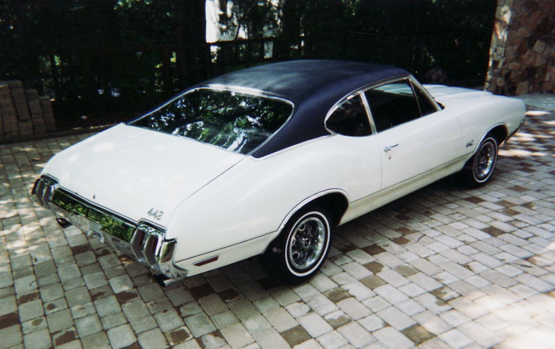 1970 OLDSMOBILE 442 COUPE - Rear 3/4 - 45360