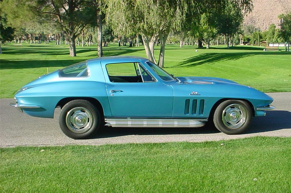 1966 CHEVROLET CORVETTE COUPE - Side Profile - 45365