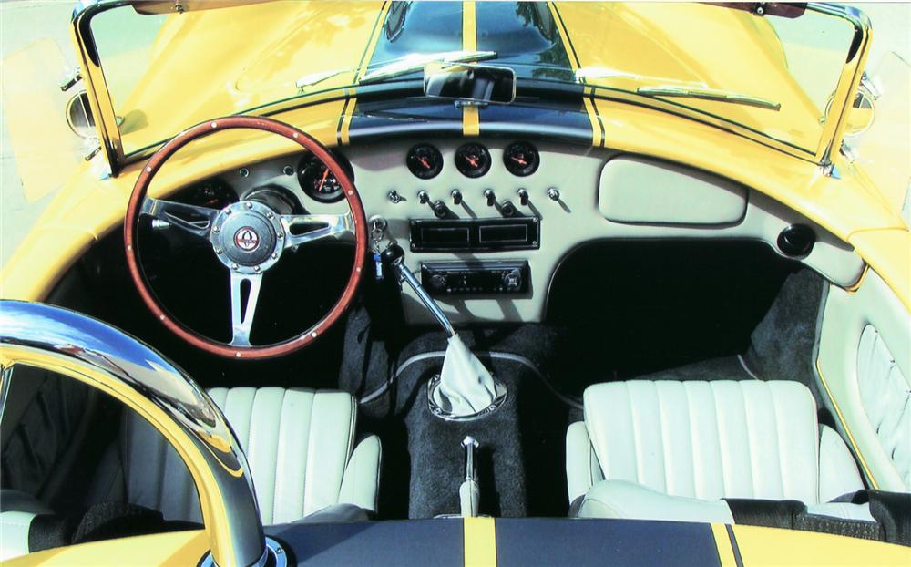 1966 SHELBY COBRA ROADSTER REPLICA - Interior - 45404