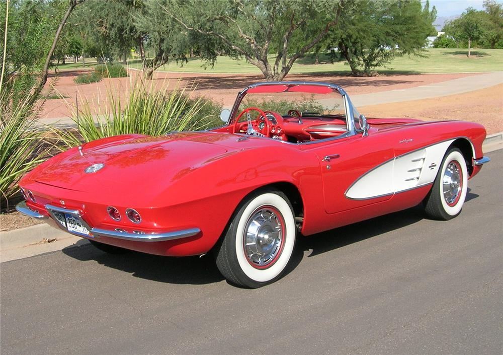 1961 CHEVROLET CORVETTE CONVERTIBLE FUELIE - Rear 3/4 - 45470