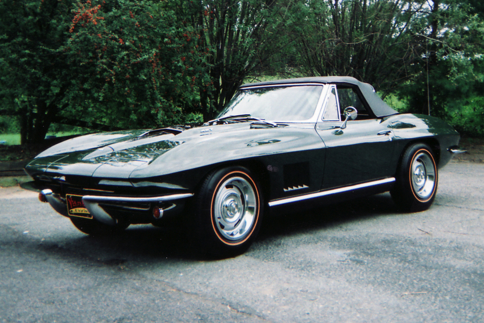 1967 CHEVROLET CORVETTE CONVERTIBLE - Front 3/4 - 45471