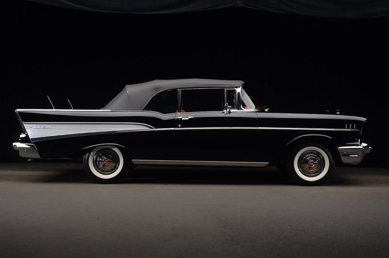 1957 CHEVROLET BEL AIR CONVERTIBLE - Side Profile - 45745