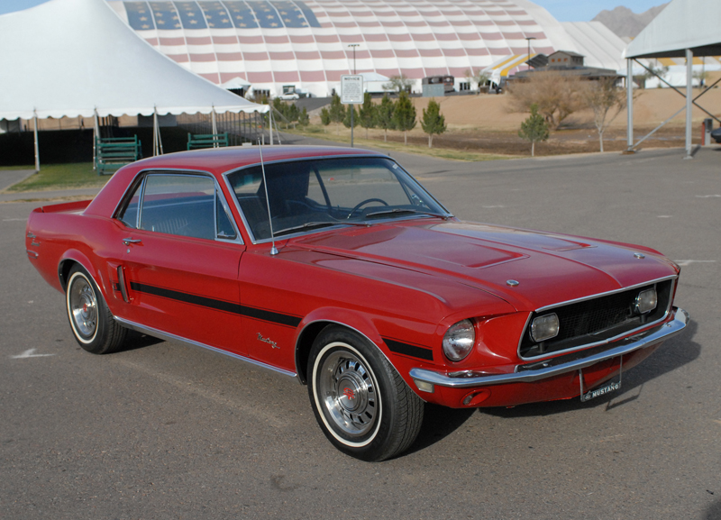1968 FORD MUSTANG COUPE - Front 3/4 - 47210