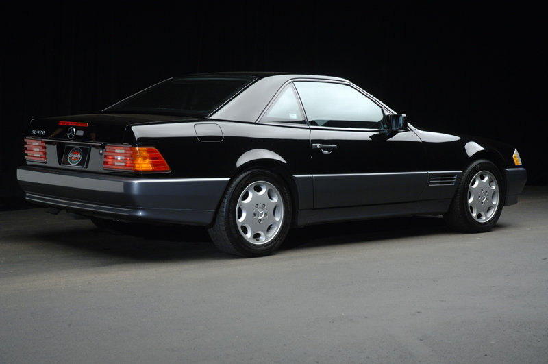 1995 MERCEDES-BENZ 320SL CONVERTIBLE - Rear 3/4 - 47828