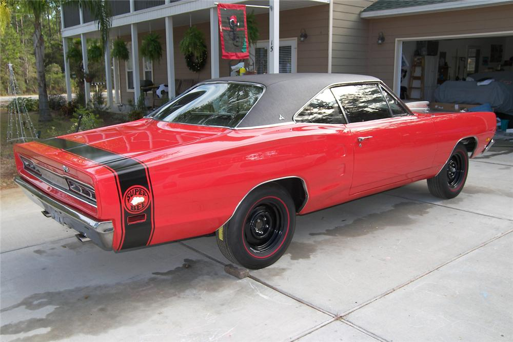 1969 DODGE SUPER BEE 2 DOOR HARDTOP - Rear 3/4 - 48928