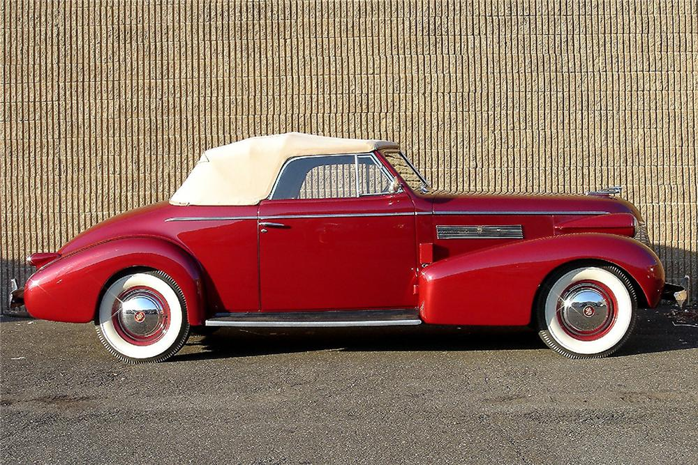 1939 CADILLAC SERIES 61 CONVERTIBLE - Side Profile - 48949