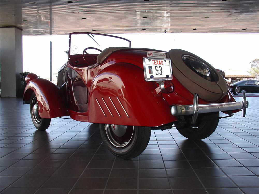 1939 BANTAM ROADSTER   - Rear 3/4 - 48992