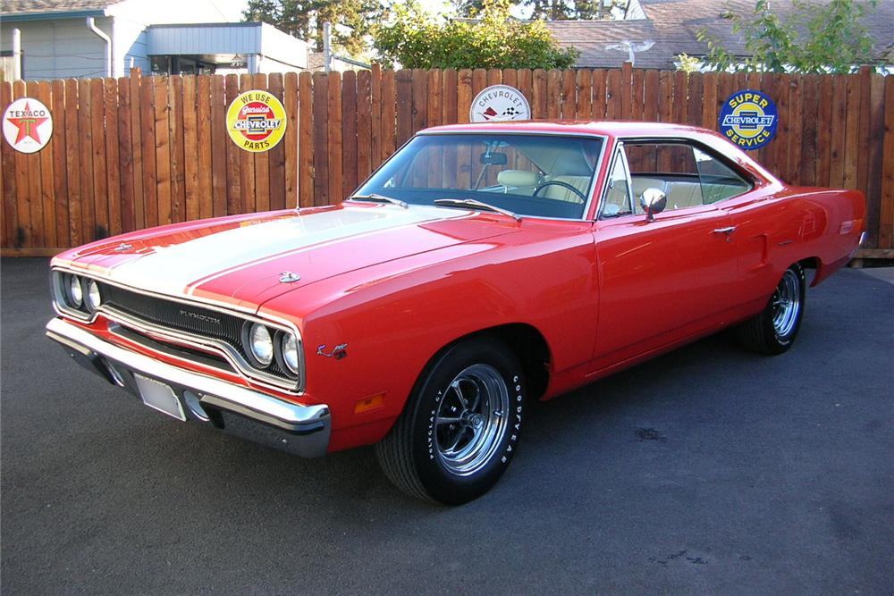 1970 PLYMOUTH ROAD RUNNER HEMI RE-CREATION - Front 3/4 - 49031