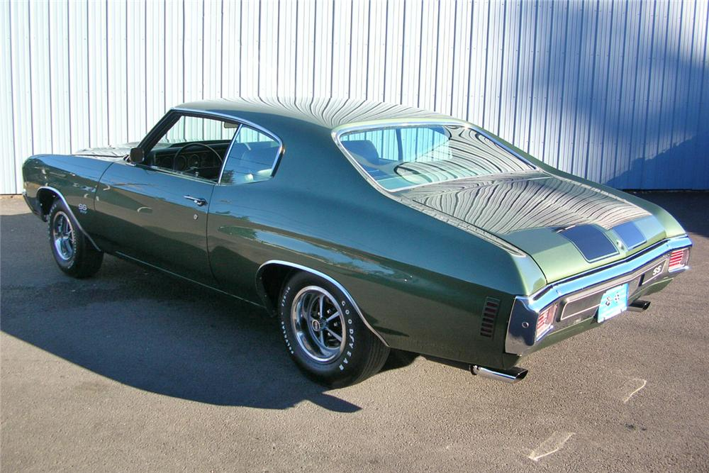 1970 CHEVROLET CHEVELLE SS 396 2 DOOR HARDTOP - Rear 3/4 - 49036