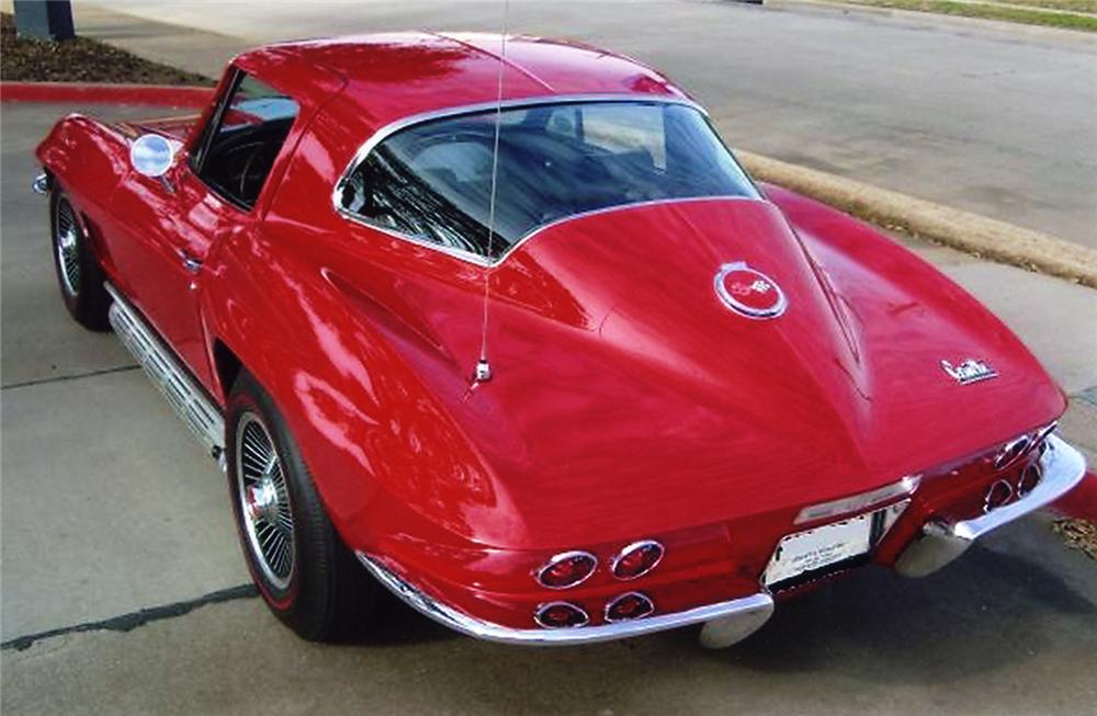 1967 CHEVROLET CORVETTE COUPE - Rear 3/4 - 49040