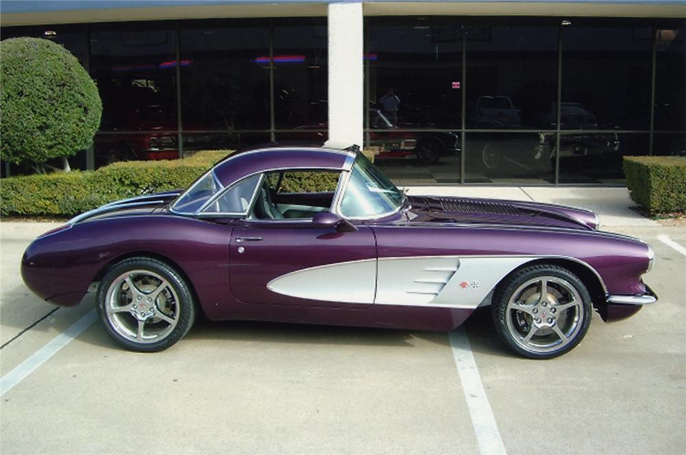 1958 CHEVROLET CORVETTE CUSTOM CONVERTIBLE - Side Profile - 49042