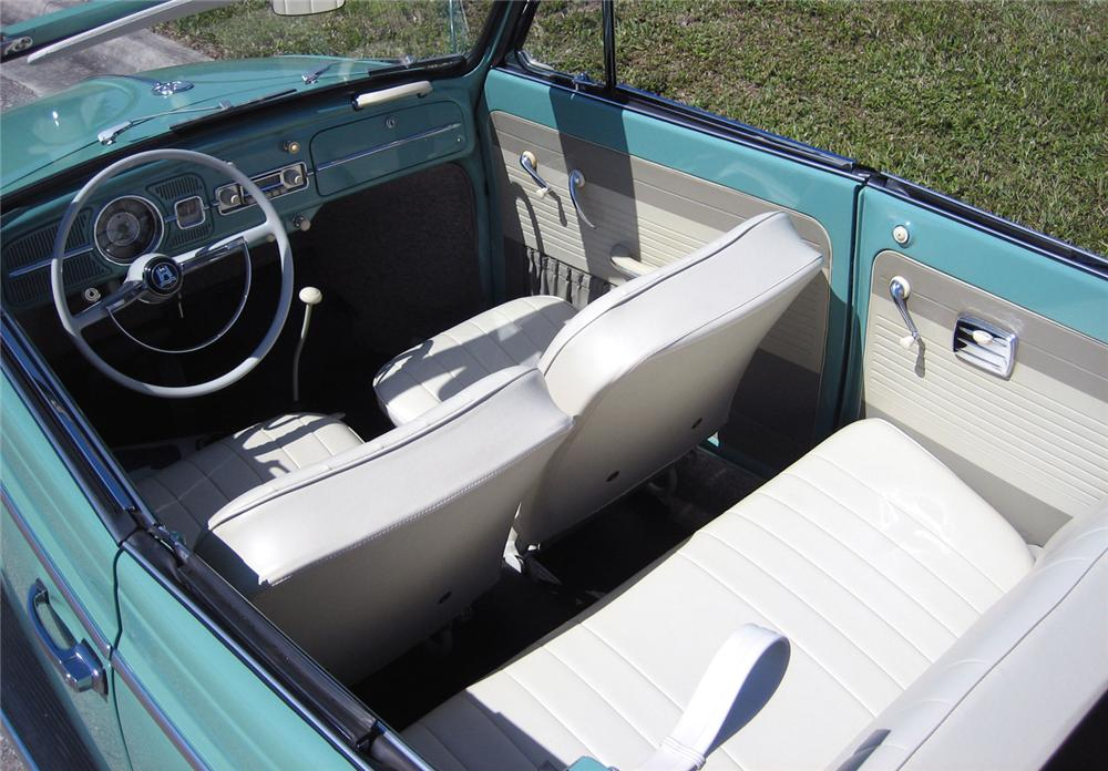 1962 VOLKSWAGEN BEETLE CONVERTIBLE - Interior - 49094