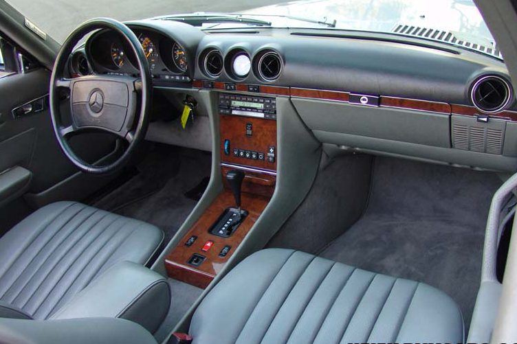 1988 MERCEDES-BENZ 560SL CONVERTIBLE - Interior - 49137