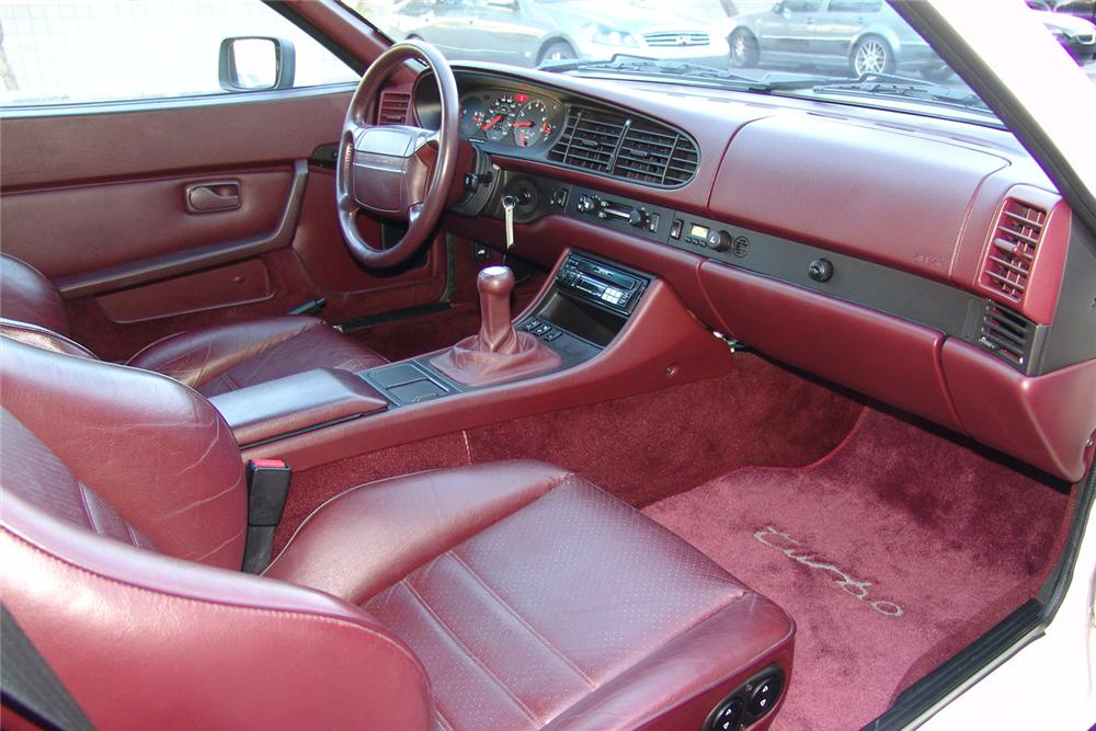 1988 PORSCHE 944 COUPE - Interior - 49140