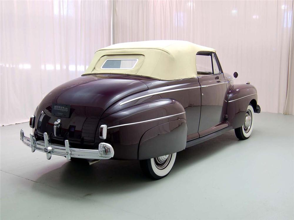 1941 FORD SUPER DELUXE CONVERTIBLE - Rear 3/4 - 49202