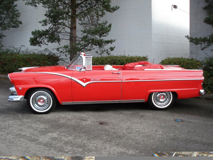 1955 FORD FAIRLANE CONVERTIBLE - Rear 3/4 - 49212