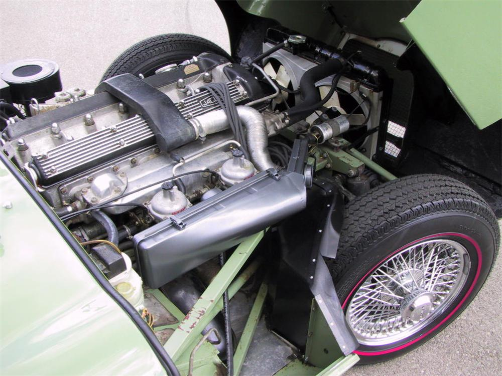 1970 JAGUAR XKE ROADSTER - Engine - 49241
