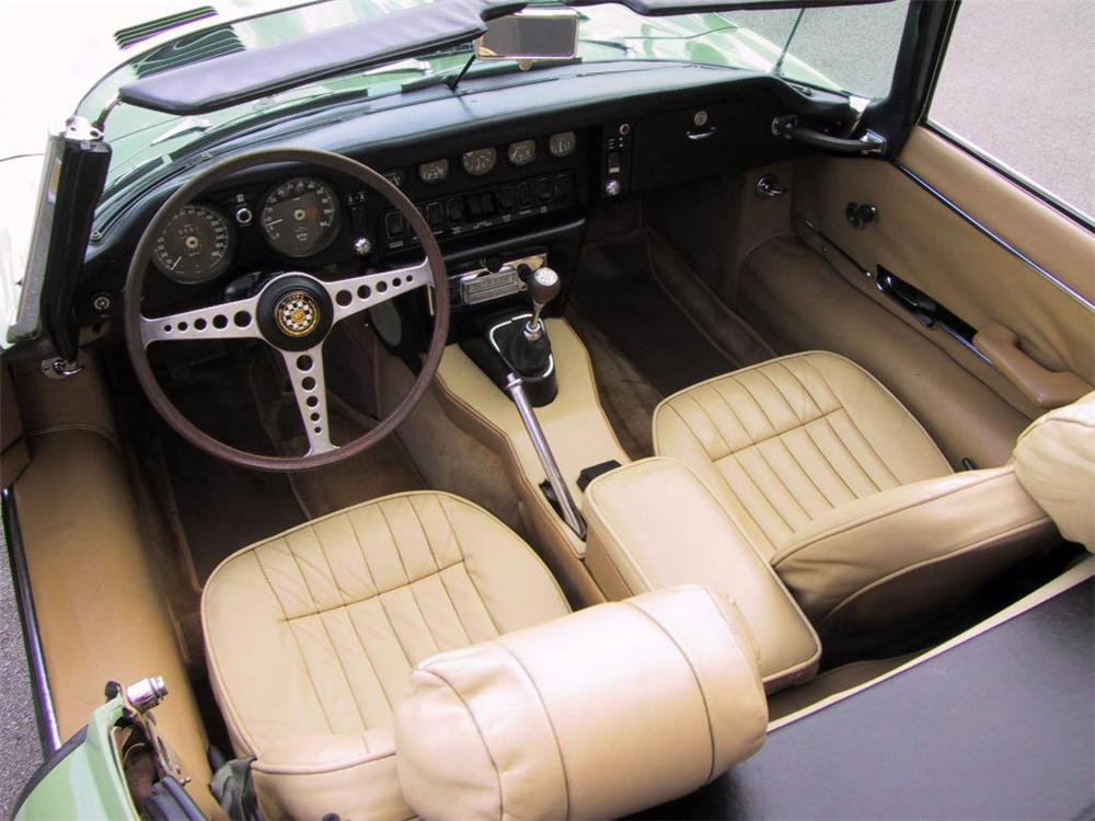 1970 JAGUAR XKE ROADSTER - Interior - 49241