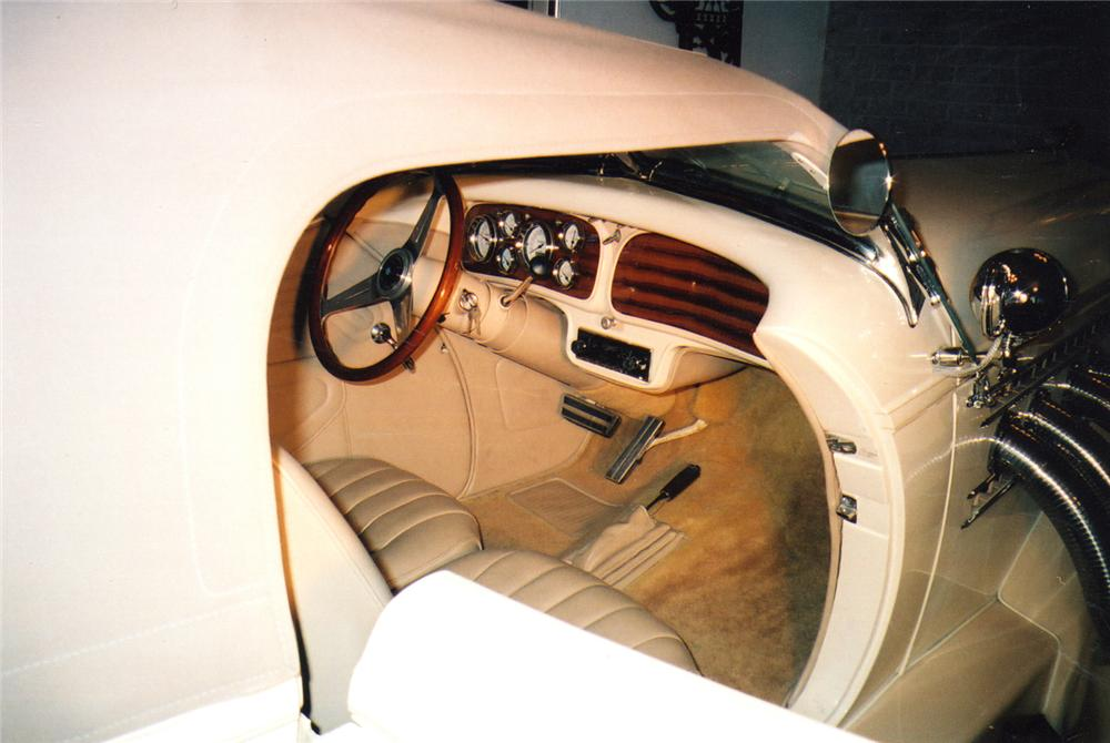 1935 AUBURN 851 BOATTAIL SPEEDSTER RE-CREATION - Interior - 49242