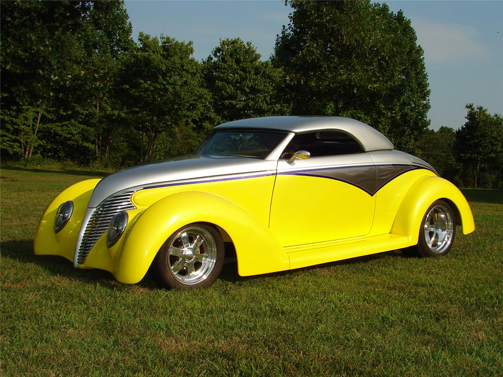 1939 FORD CUSTOM 2 DOOR CONVERTIBLE - Side Profile - 49280