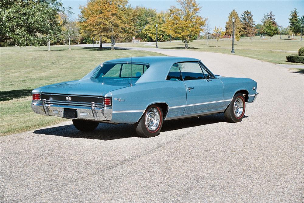 1967 CHEVROLET CHEVELLE SS 396 COUPE - Rear 3/4 - 49343