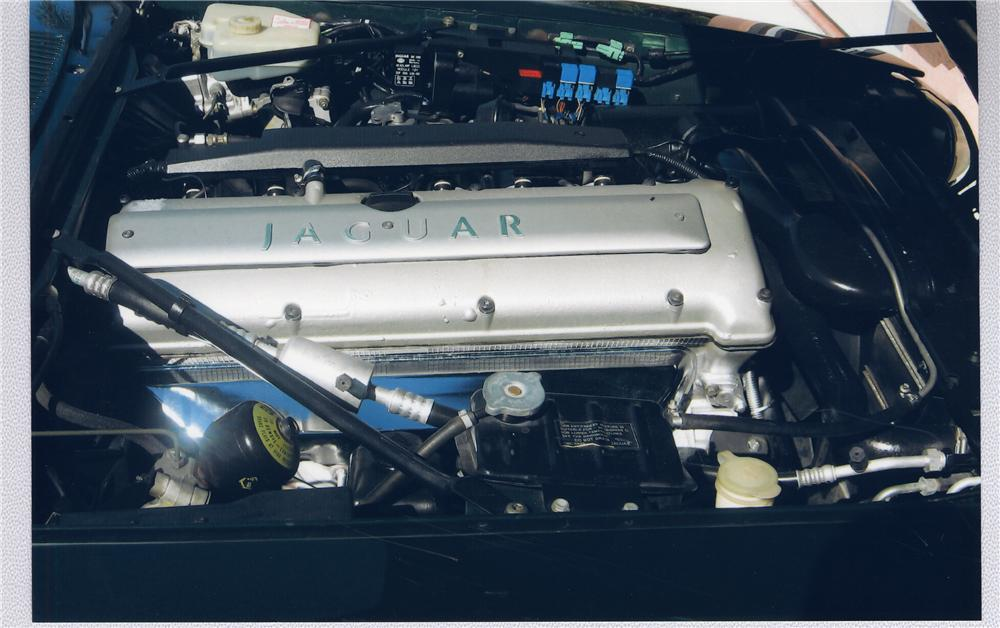 1995 JAGUAR XJS CONVERTIBLE - Engine - 49352
