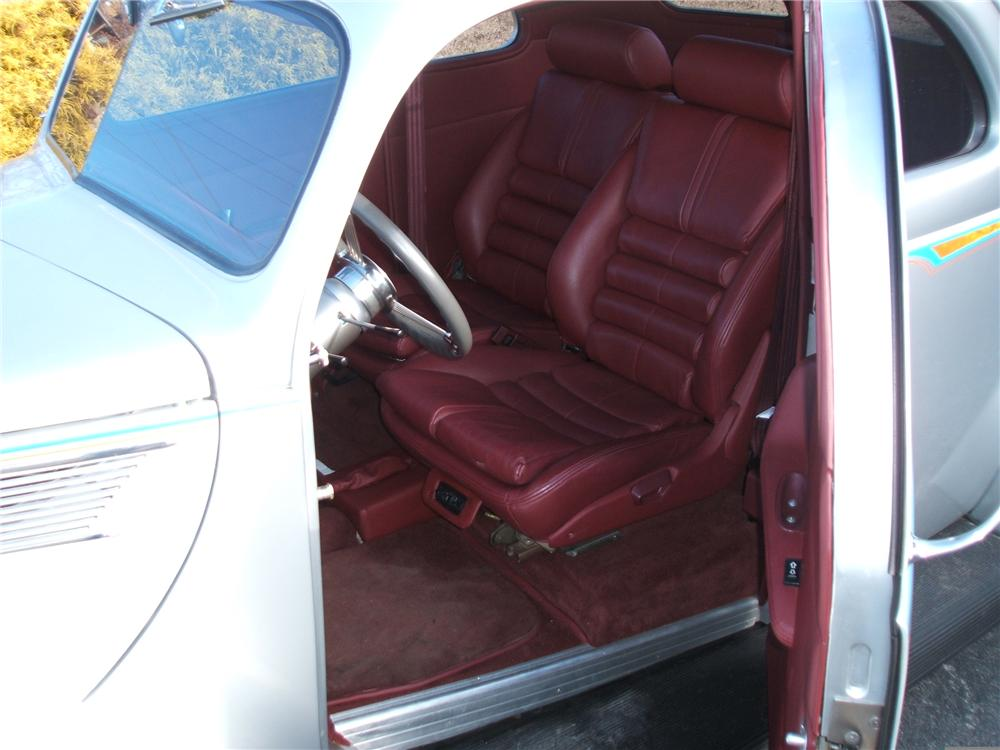 1937 FORD COUPE STREET ROD - Interior - 49369