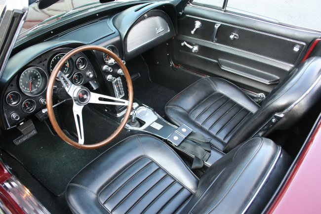 1966 CHEVROLET CORVETTE CONVERTIBLE - Interior - 49380