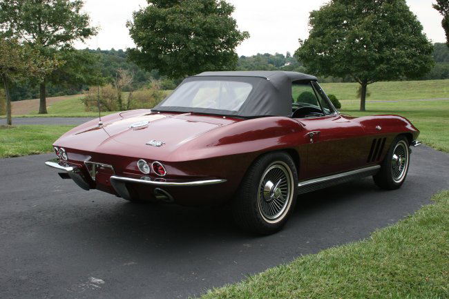 1966 CHEVROLET CORVETTE CONVERTIBLE - Rear 3/4 - 49380