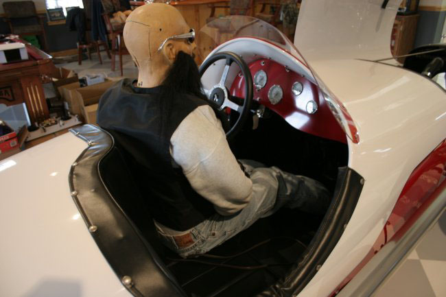 1931 FORD INDY RACE CAR RE-CREATION - Interior - 49381