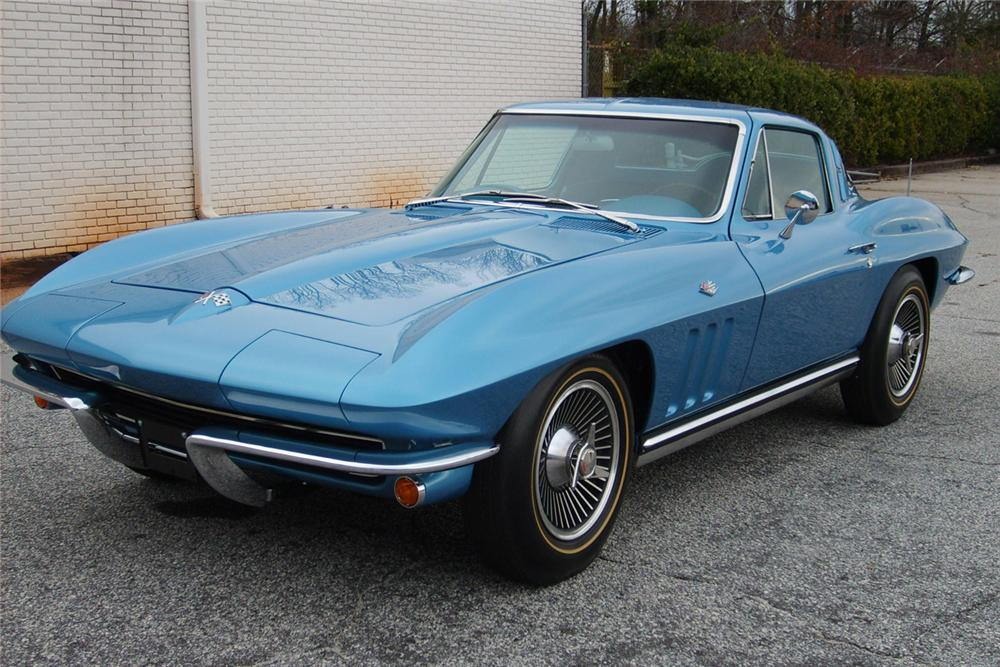 1965 CHEVROLET CORVETTE COUPE - Front 3/4 - 49400