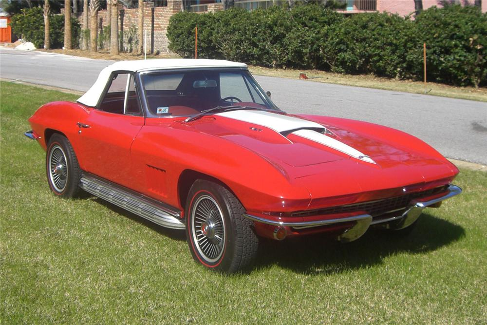 1967 CHEVROLET CORVETTE CONVERTIBLE - Front 3/4 - 49413