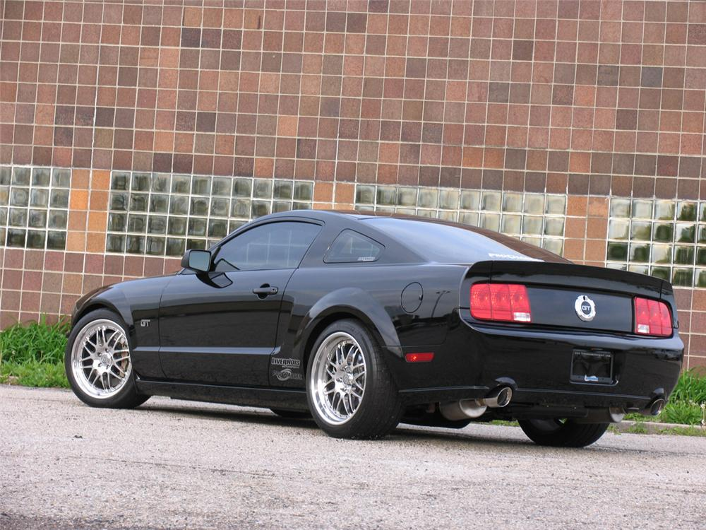 2005 ford mustang gt fastback 49420. Black Bedroom Furniture Sets. Home Design Ideas