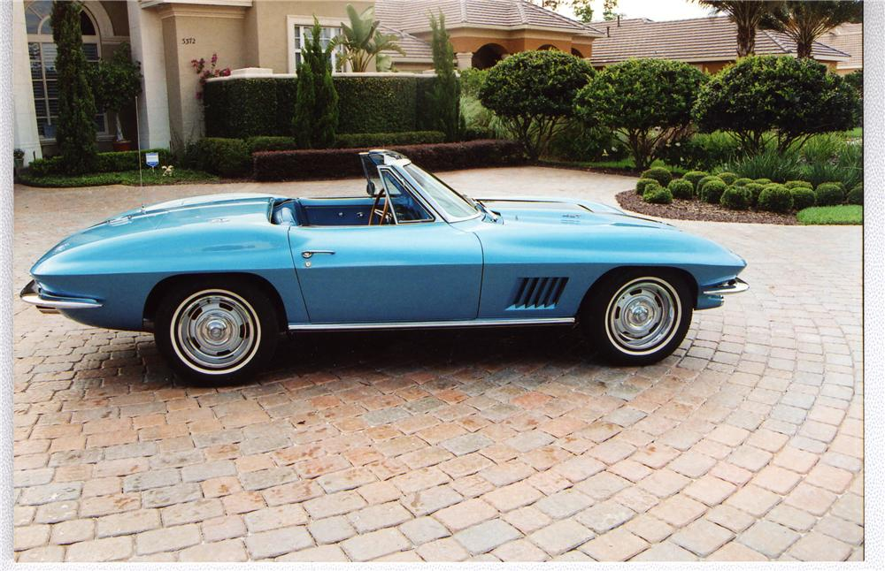 1967 CHEVROLET CORVETTE CONVERTIBLE - Side Profile - 49434