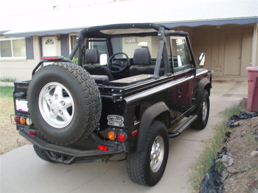 1995 LAND ROVER DEFENDER 90 2 DOOR CONVERTIBLE - Rear 3/4 - 49439