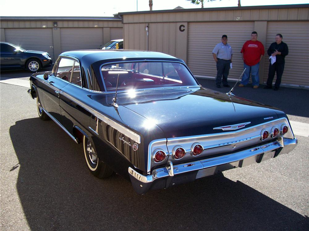 1962 CHEVROLET IMPALA SS COUPE - Rear 3/4 - 49445