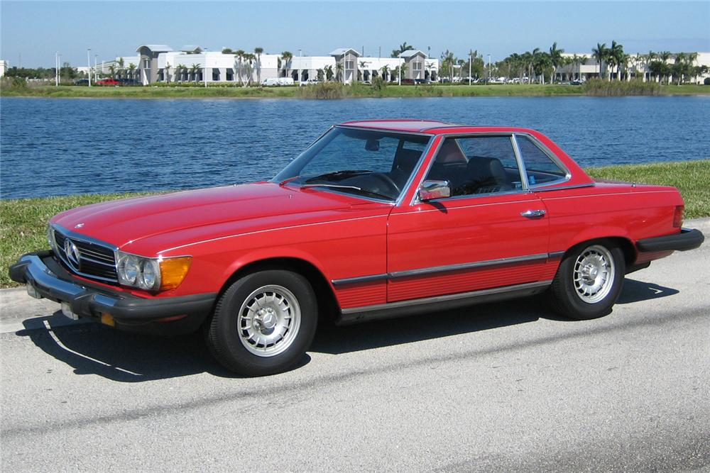 1982 MERCEDES-BENZ 380SL CONVERTIBLE - Front 3/4 - 49454