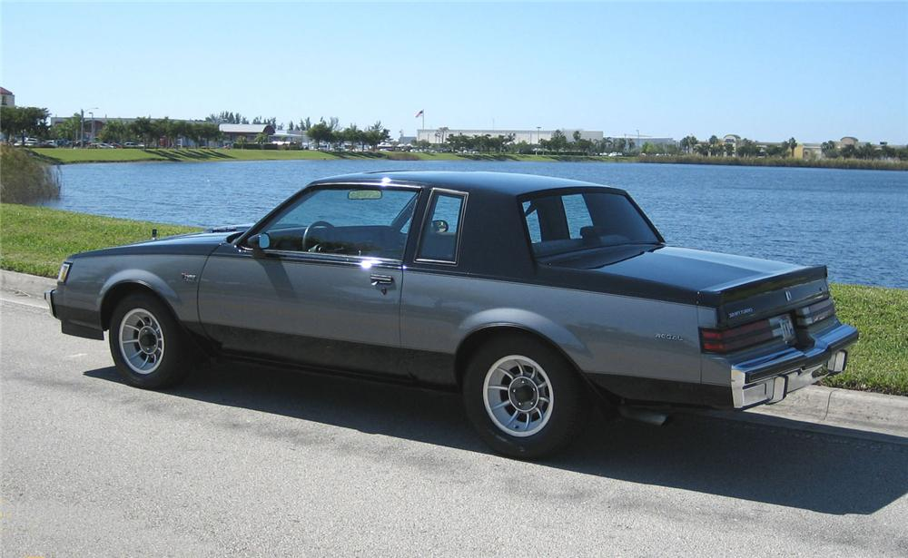 1986 BUICK REGAL T-TYPE COUPE - Rear 3/4 - 49457