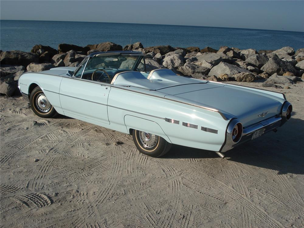 1962 FORD THUNDERBIRD CONVERTIBLE - Rear 3/4 - 49469