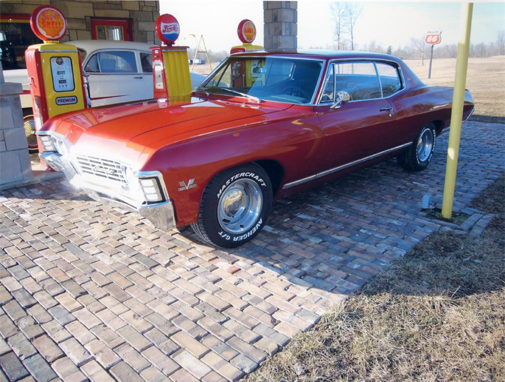 1967 CHEVROLET CAPRICE SPORT COUPE - Front 3/4 - 49523