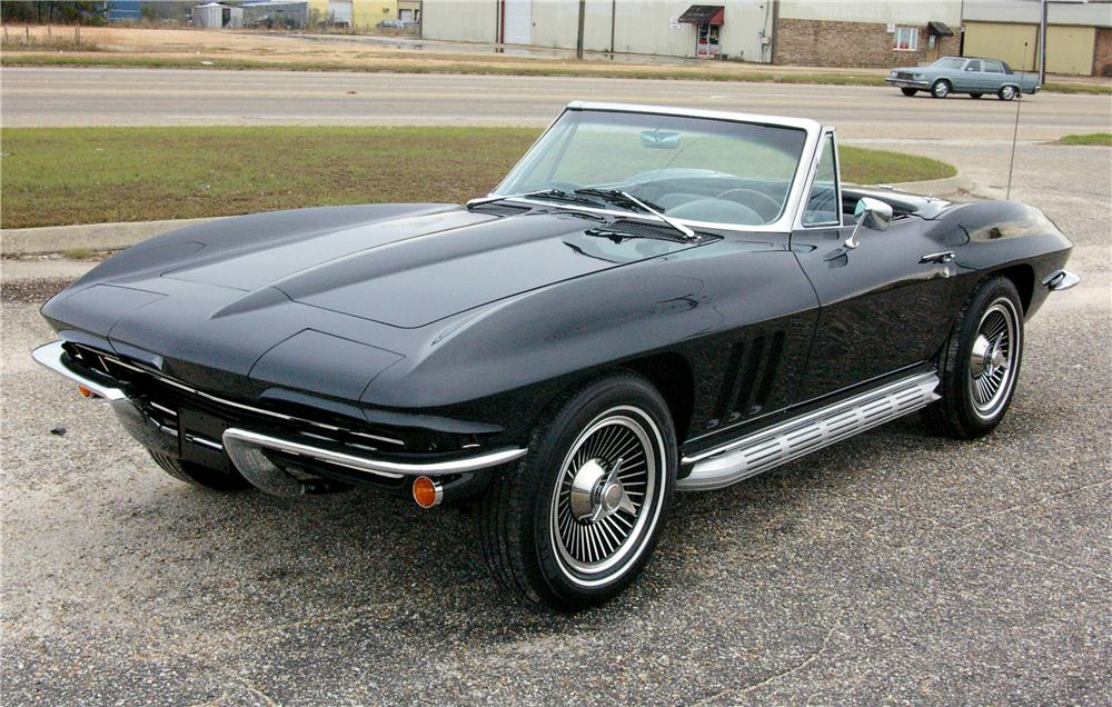 1965 CHEVROLET CORVETTE CONVERTIBLE - Front 3/4 - 49529