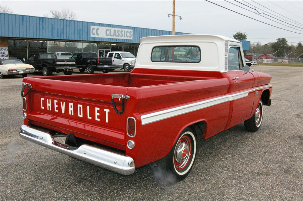 1966 CHEVROLET CUSTOM PICKUP - Rear 3/4 - 49538