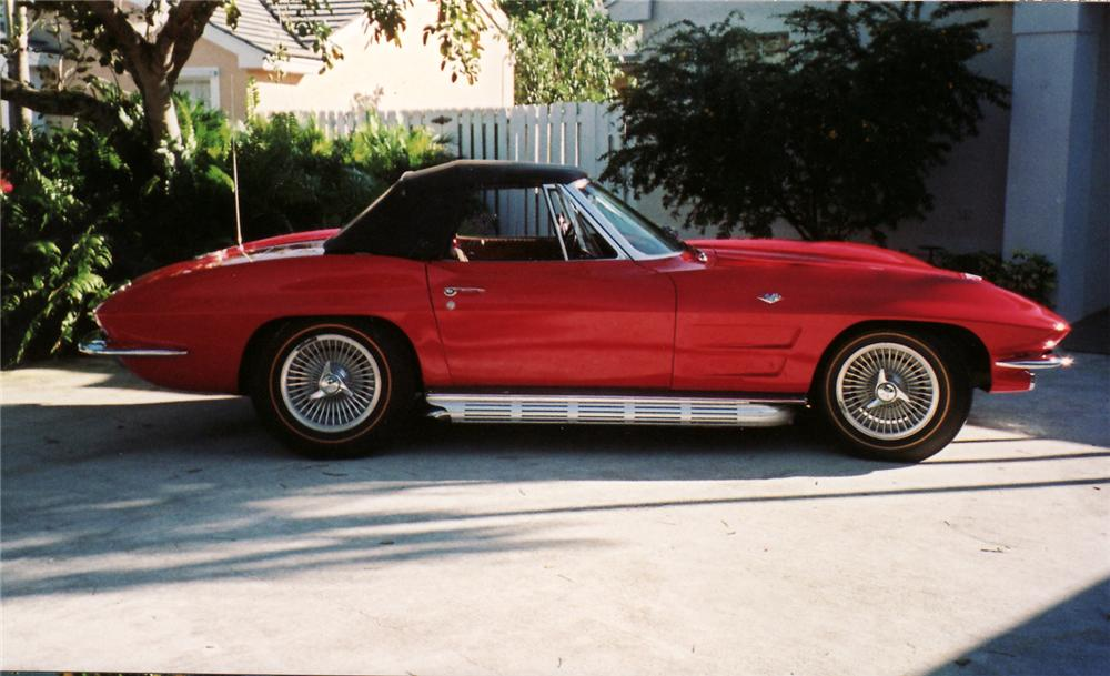 1964 CHEVROLET CORVETTE CONVERTIBLE - Side Profile - 49557