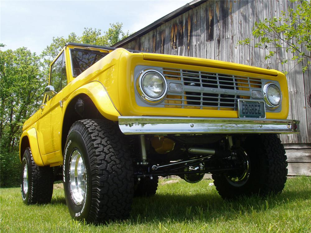1966 FORD BRONCO PICKUP - Front 3/4 - 49562