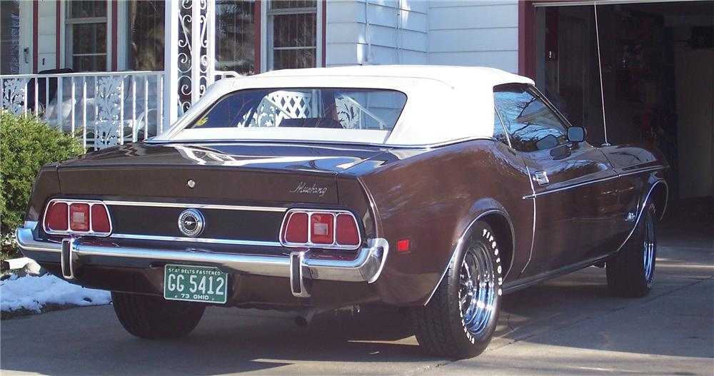 1973 FORD MUSTANG CONVERTIBLE - Rear 3/4 - 49574