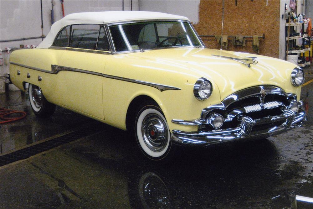 1953 PACKARD CONVERTIBLE - Front 3/4 - 49579