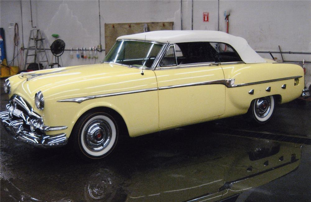 1953 PACKARD CONVERTIBLE - Side Profile - 49579