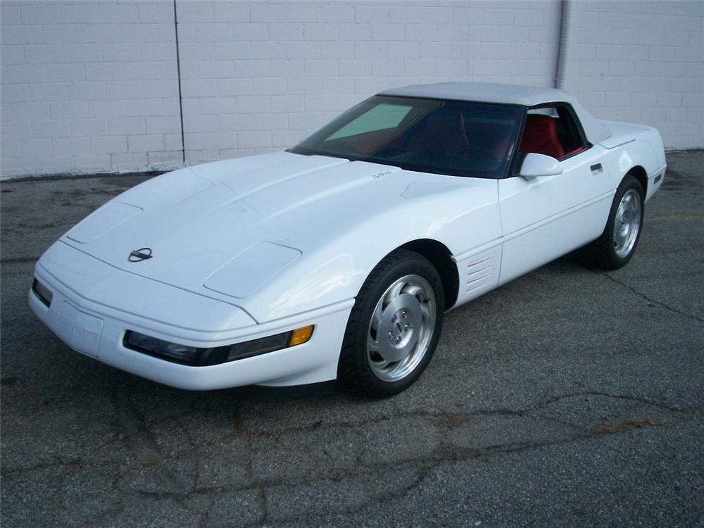 1994 CHEVROLET CORVETTE CONVERTIBLE - Front 3/4 - 49581